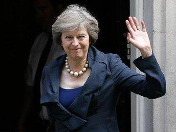 Британские СМИ сообщили о недовольстве консерваторов Терезой Мэй