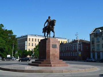 Как  антипод  Дмитрия Донского защищал Смоленск от иноземных захватчиков