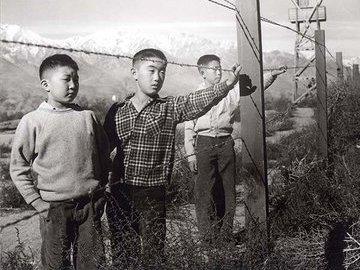 Как в США оправдывали высылку японцев в лагеря
