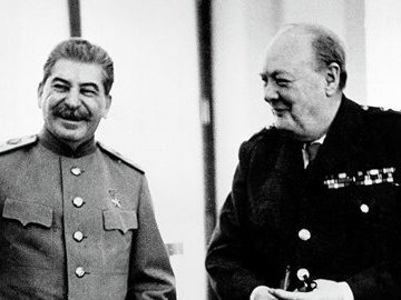 Почему Черчилль считал  несправедливым , что СССР не имеет выхода в Средиземное море