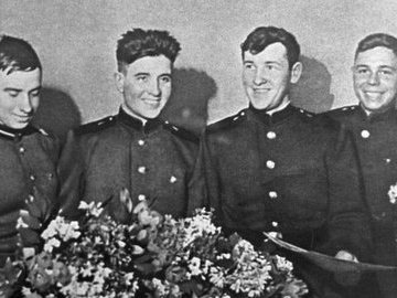 Четверо из стройбата: как советские солдаты покорили США