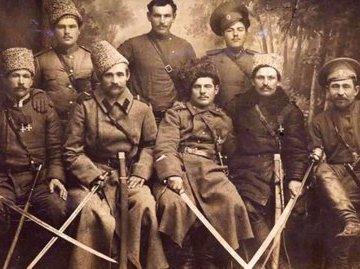 Упустили шанс: большевики сами помогли Деникину