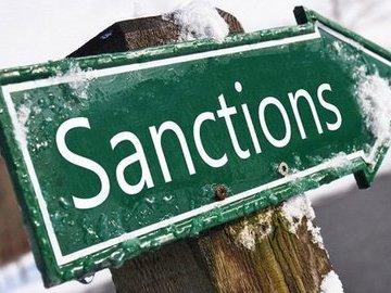 С чего все началось: когда США и Европа ввели первые санкции против России