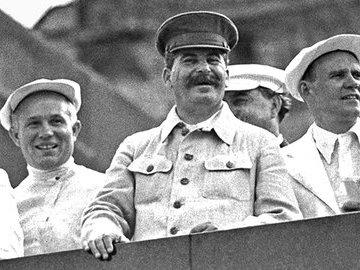Почему Сталин отказался от предложения Гитлера поделить  наследство Англии
