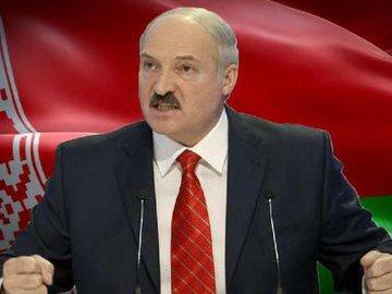 Лукашенко обвинил Россию в варварстве