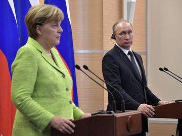 В Кремле рассказали о темах переговоров Путина и Меркель