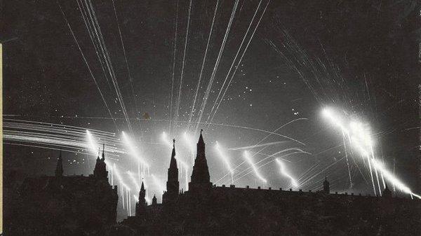 """Общество: """"Будет намного легче, чем в Лондоне"""": как немцы просчитались с бомбардировками Москвы"""
