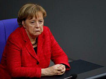 Меркель призвала ЕС к конкуренции с Россией и США