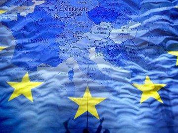 Американского посла в Косове наградили  за неудержимость