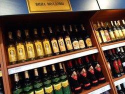 Геннадий Онищенко намерен приостановить поставки молдавского вина в Россию