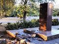 Вандал в Краматорске получил травму при сносе памятника Леониду Быкову