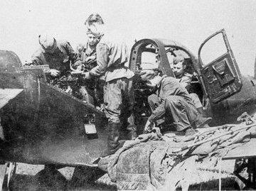 Как американцы ударили по советскому аэродрому, а Сталин не ответил