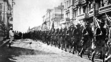 Как американцы отправили армию в Россию, заявив о невмешательстве в ее дела